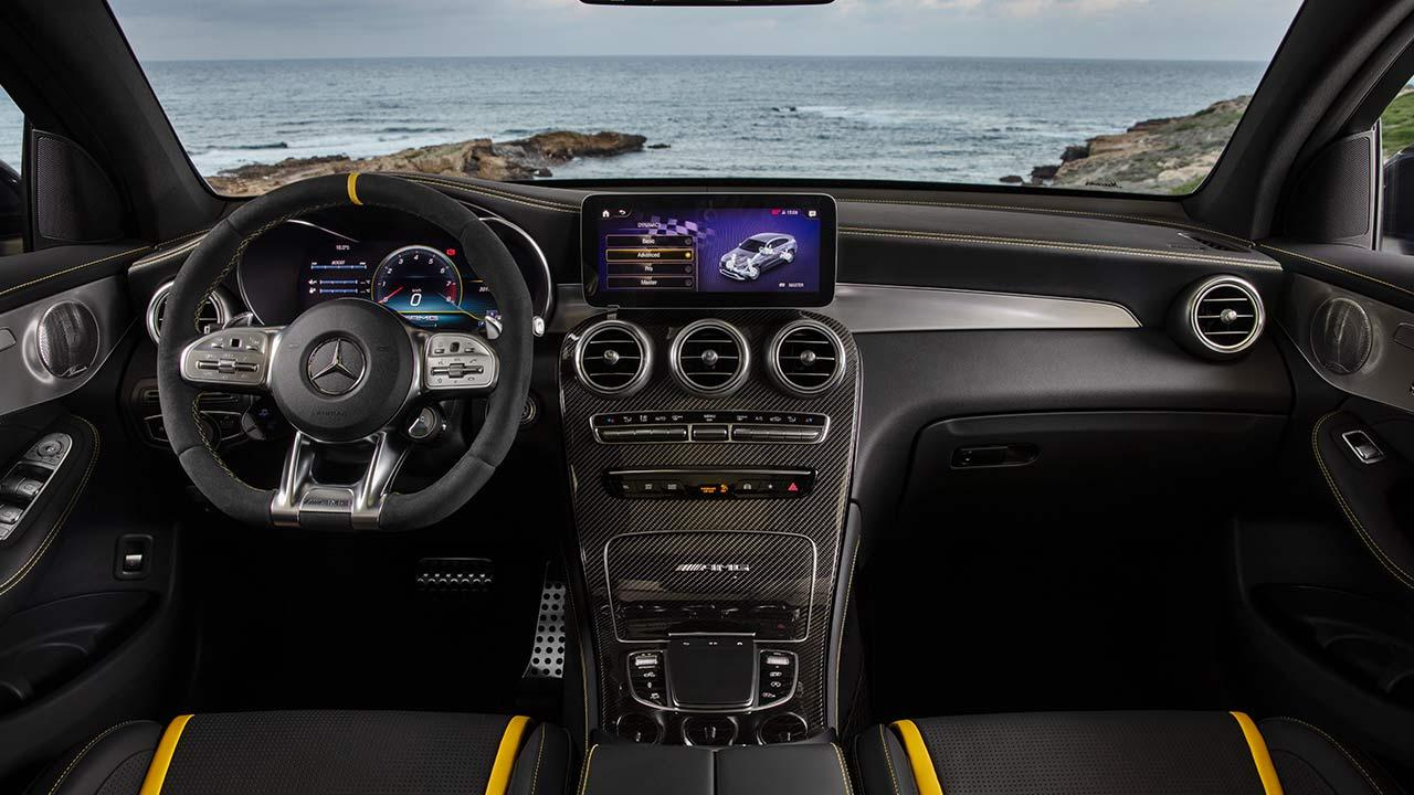 Mercedes-AMG GLC 63 Coupé - Cockpit