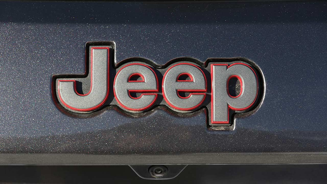 Jeep Grand Cherokee - Schriftzug