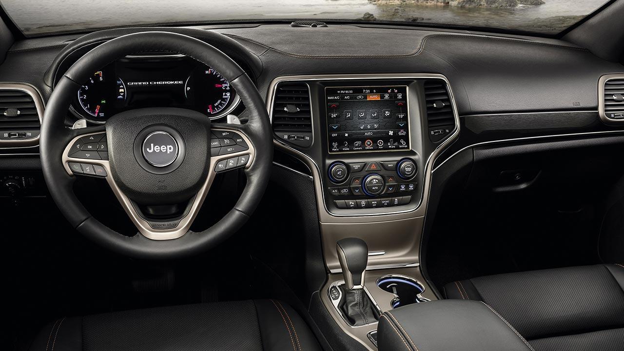 Jeep Grand Cherokee - Cockpit