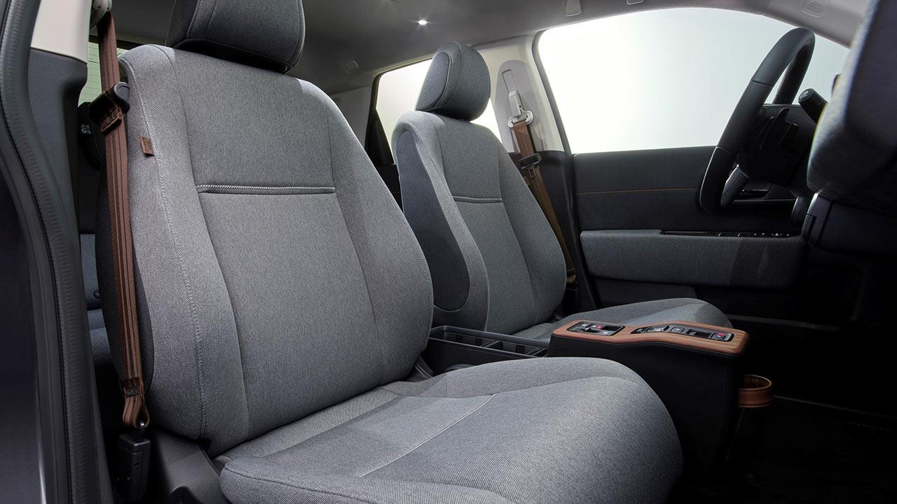Honda e - Frontsitze