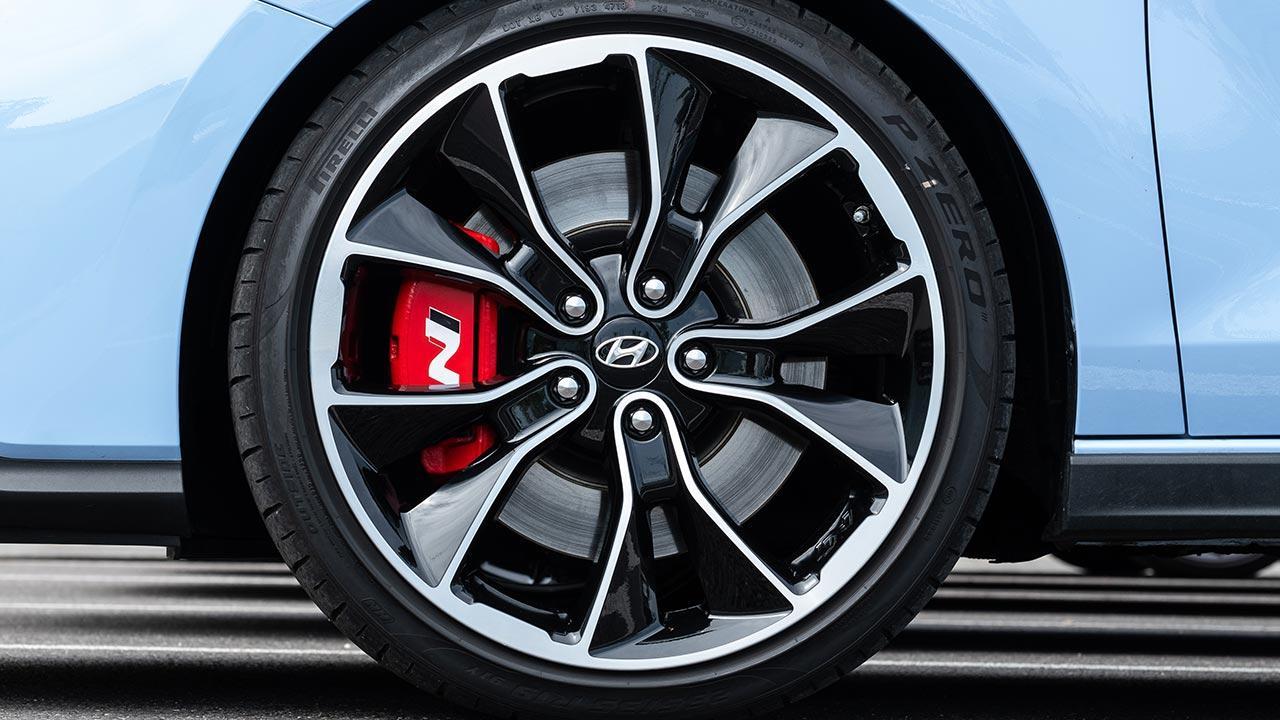Hyundai i30 N - Felgen und Bremssattel