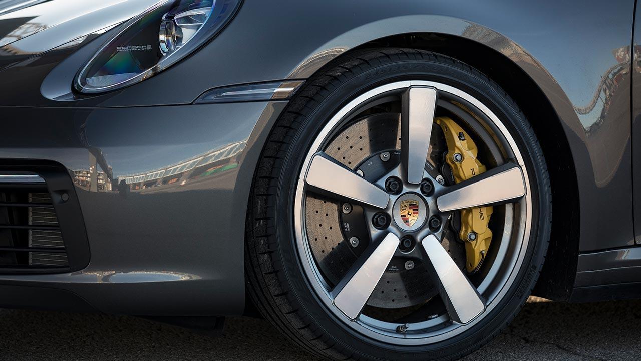 Porsche 911 Carrera S Coupé - Vorderrad