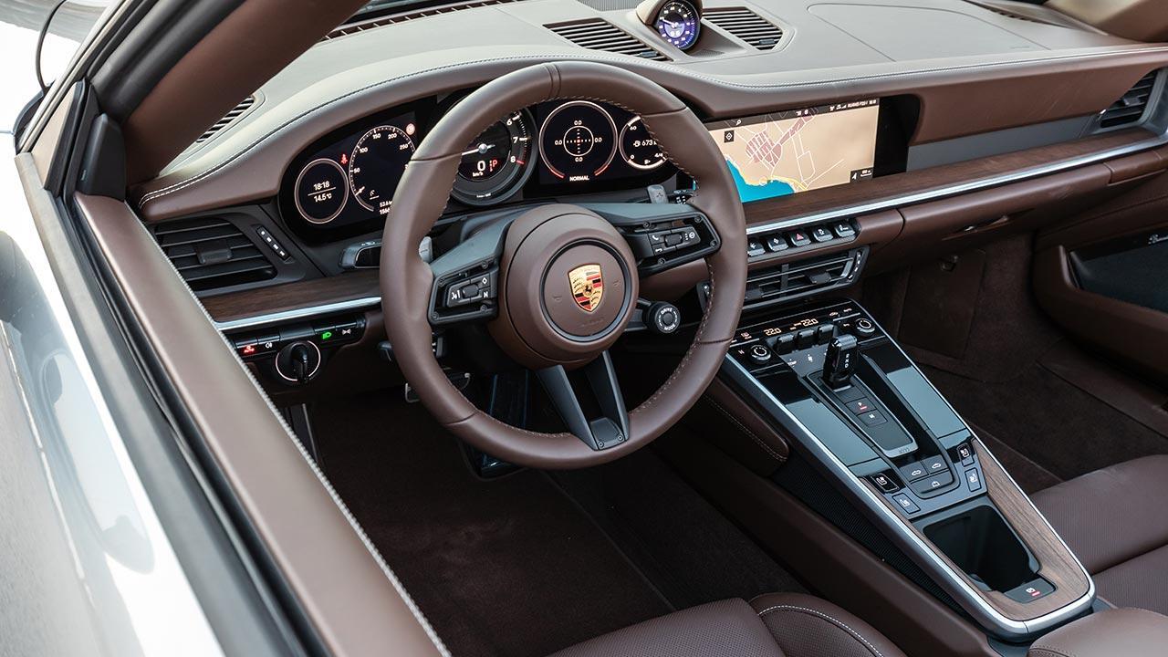 Porsche 911 Carrera S Cabriolet - Cockpit