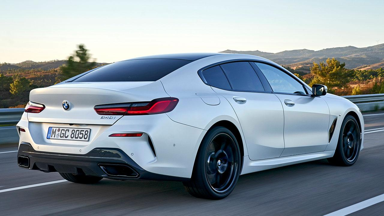 BMW 8er Gran Coupé - seitliche Heckansicht