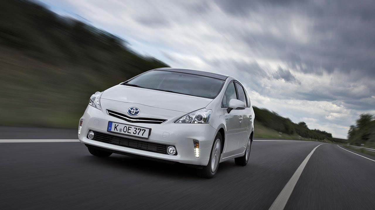 Toyota Prius Plus - in voller Fahrt