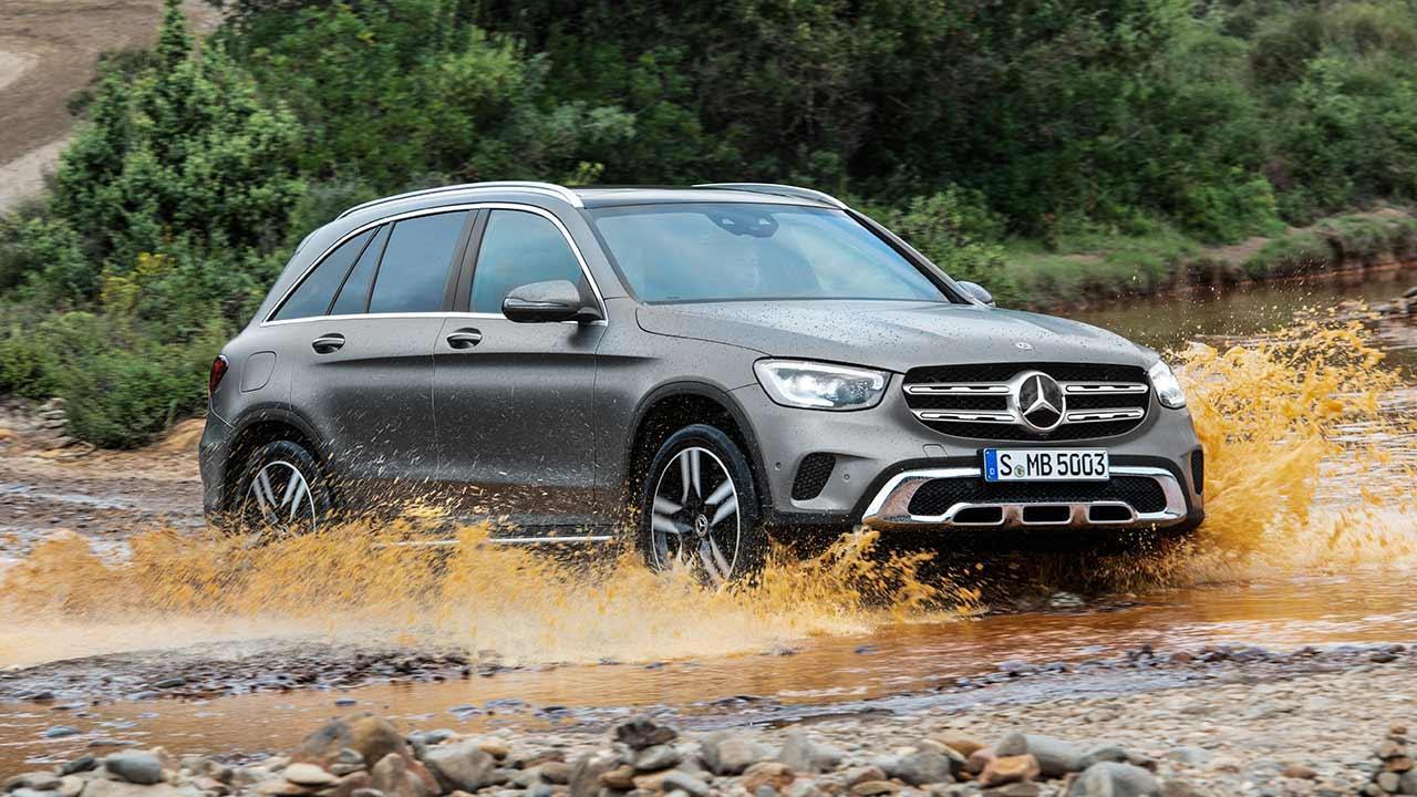 Mercedes-Benz GLC SUV - durchs Wasser