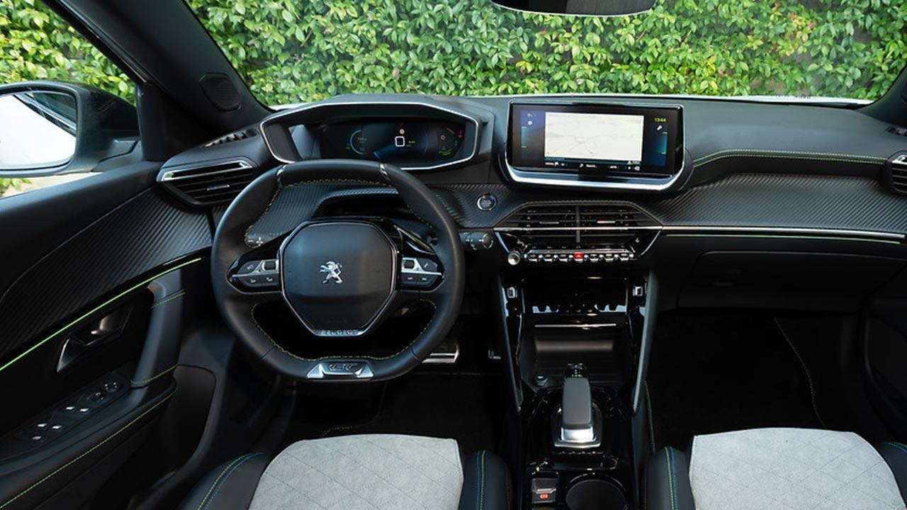 Peugeot e-2008 - Cockpit