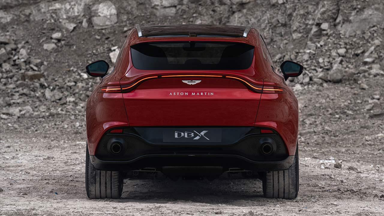 Aston Martin DBX - Blick von hinten