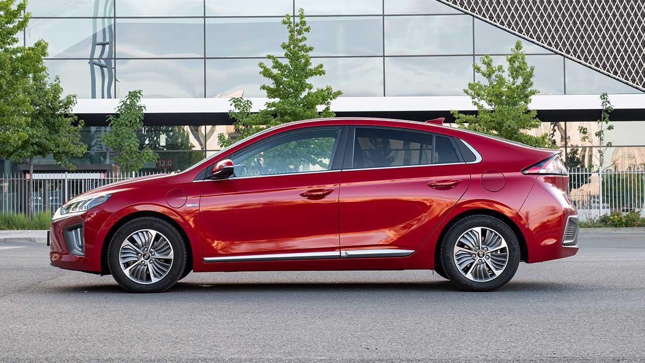 Hyundai IONIQ Plug-in-Hybrid - Seitenansicht