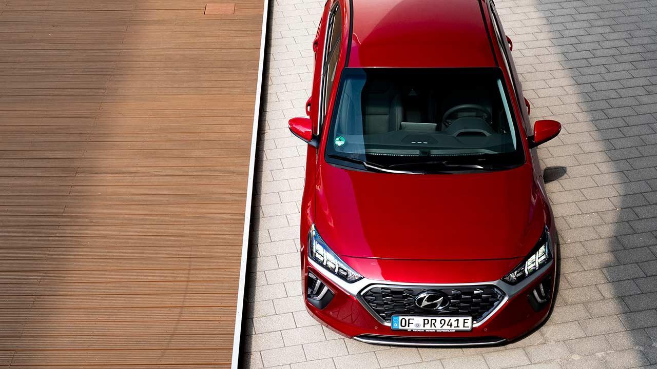 Hyundai IONIQ Plug-in-Hybrid - Vogelperspektive
