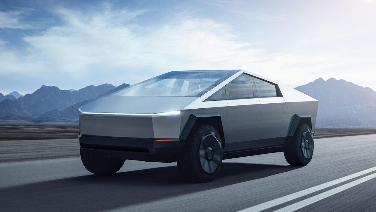 Tesla Cybertruck - in voller Fahrt