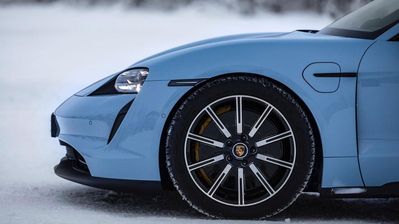 Porsche Taycan 4S - Vorderrad