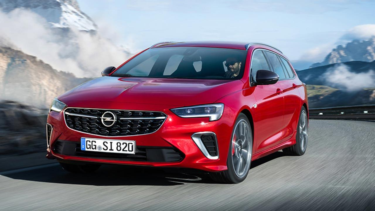 Opel Insignia GSi - in voller Fahrt