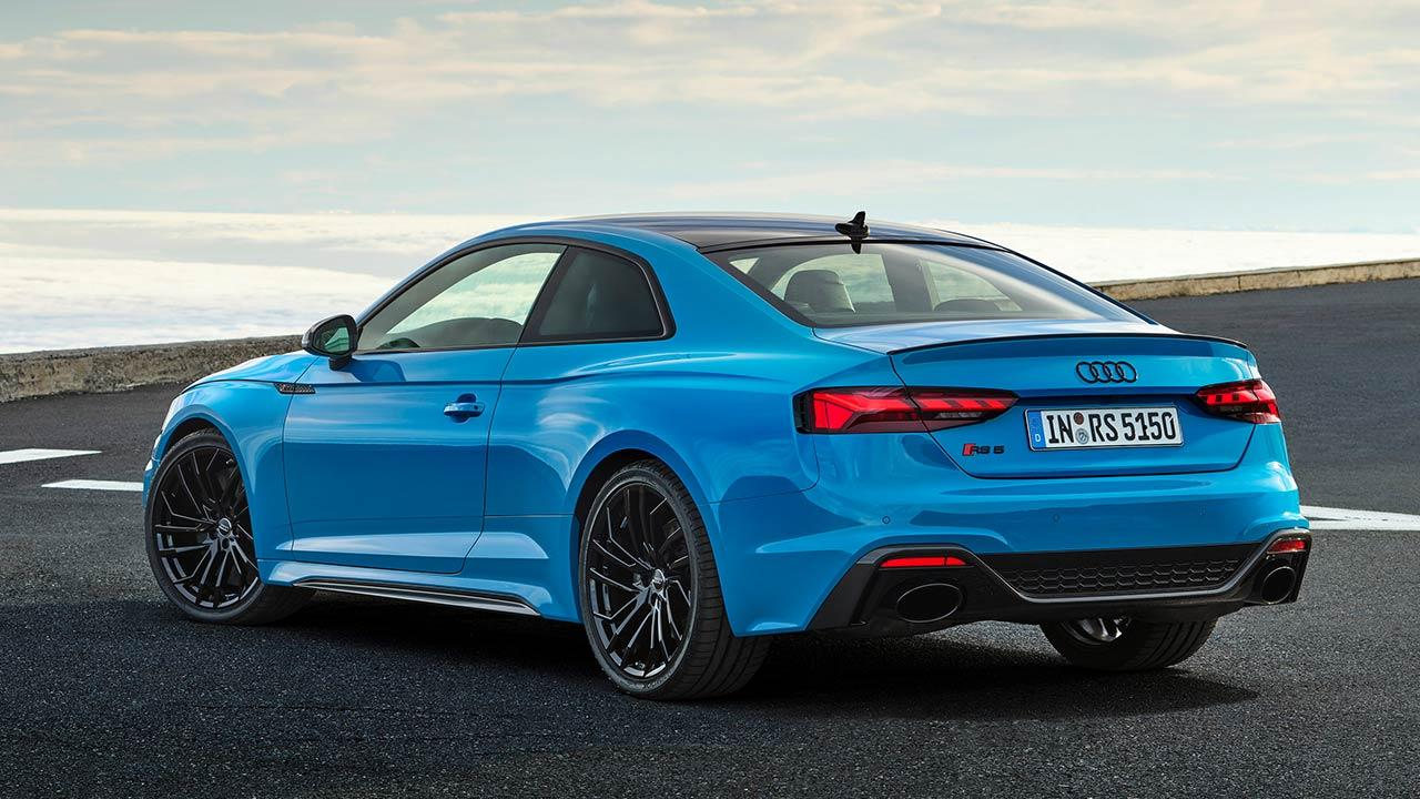 Audi RS 5 Coupé  - seitliche Heckansicht