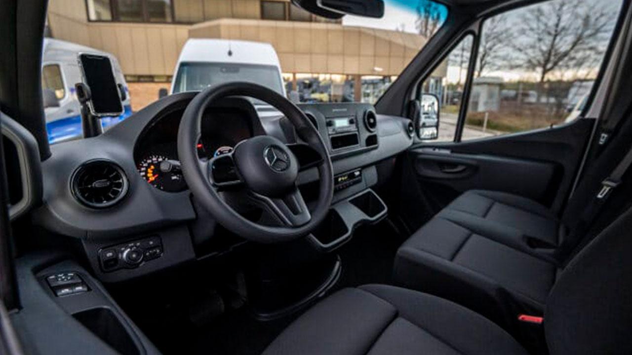 Mercedes-Benz eSprinter - Cockpit