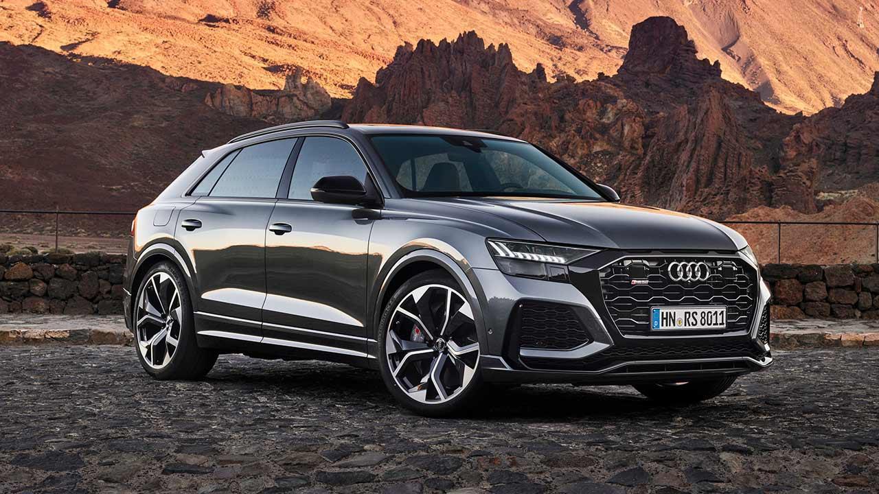 Audi RS Q8 - in der Wüste