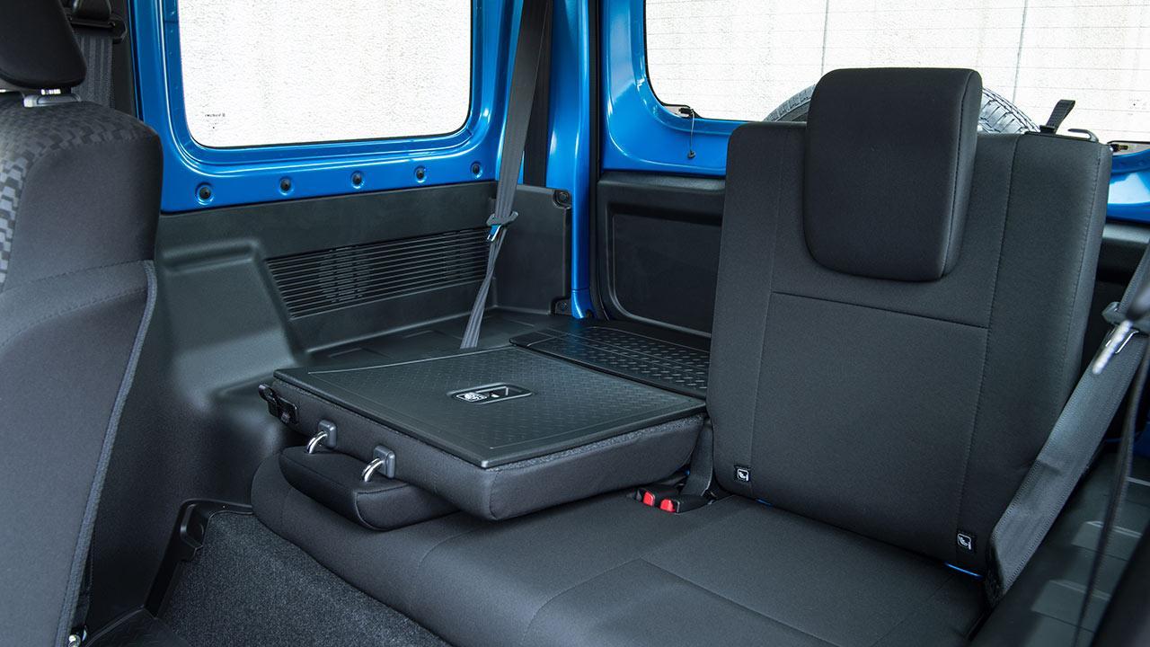 Suzuki Jimny  - Rücksitze