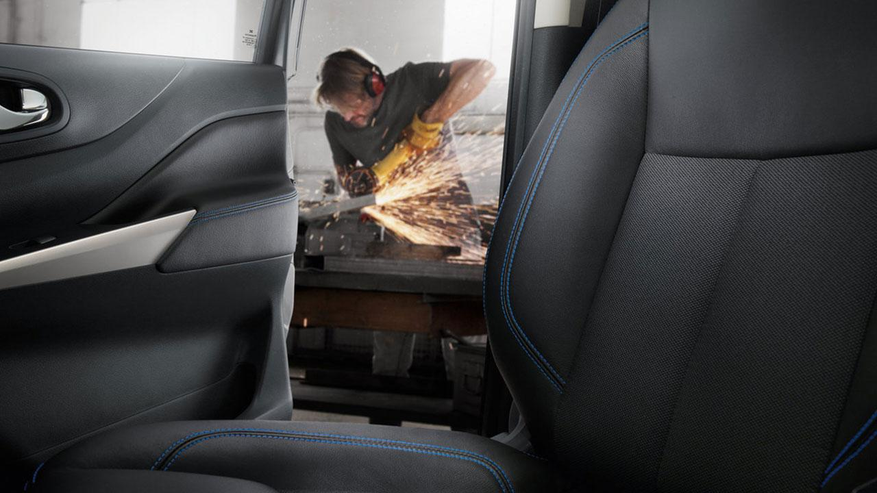 Nissan Navara N-Guard - Rücksitz