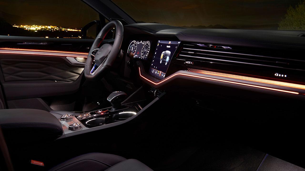 Volkswagen Touareg R - Cockpit
