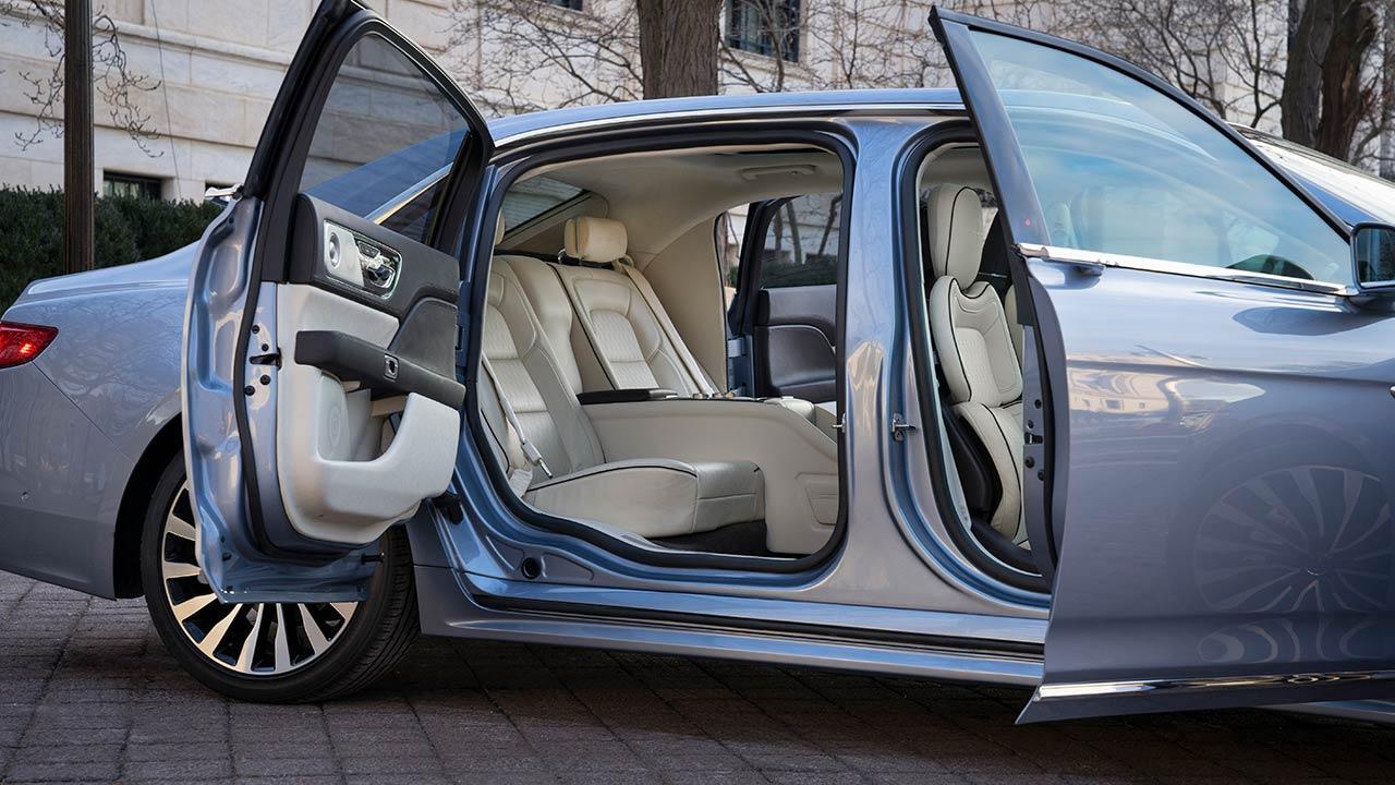 Lincoln Continental 80th Anniversary - Innenansicht