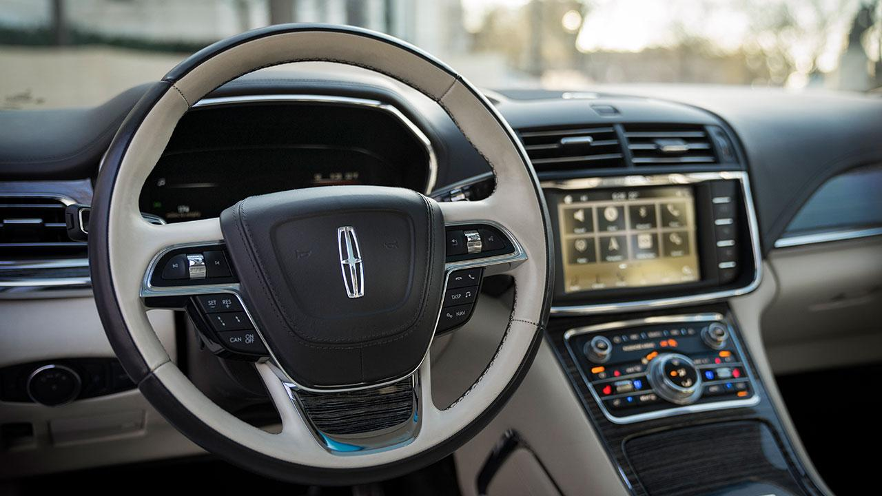 Lincoln Continental 80th Anniversary - Lenkrad