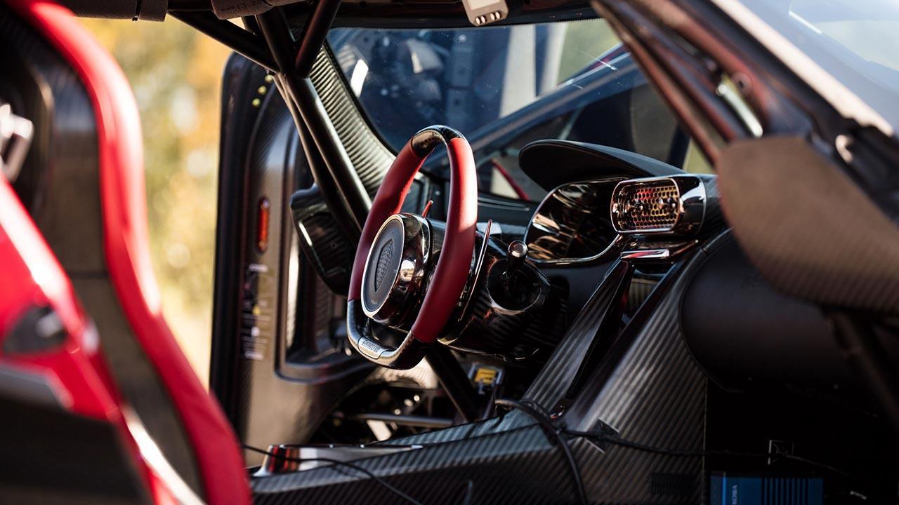 Koenigsegg Regera - Cockpit