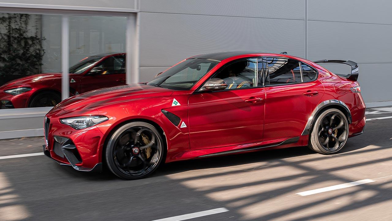 Alfa Romeo Giulia GTA - Seitenansicht