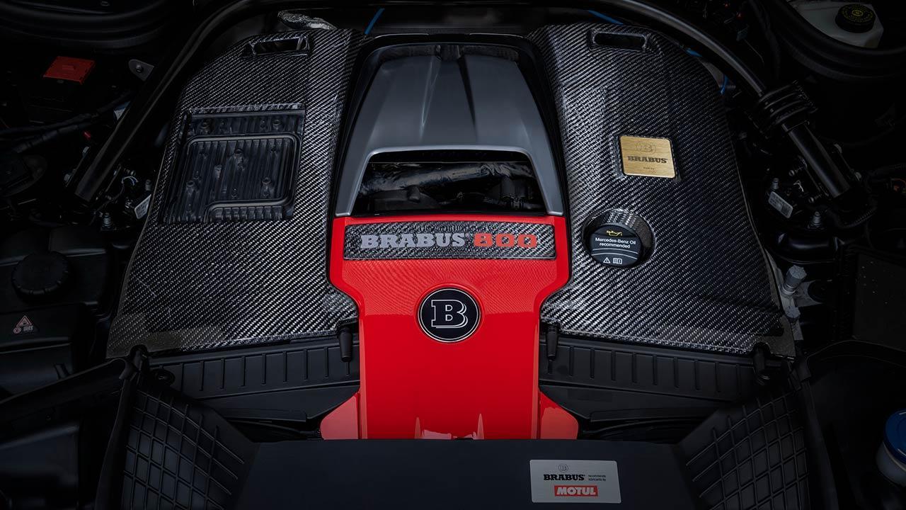 BRABUS 800 Black & Gold Edition - Motor