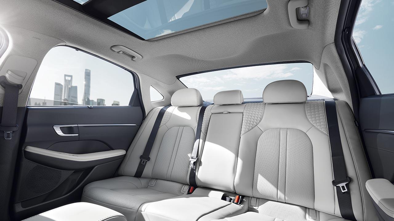 Hyundai Sonata - Rücksitz