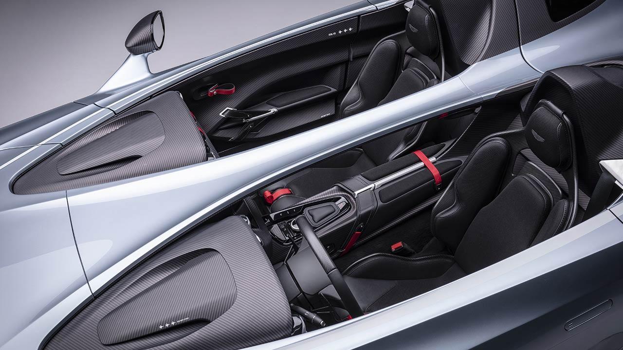 Aston Martin V12 Speedster - Vogelperspektive