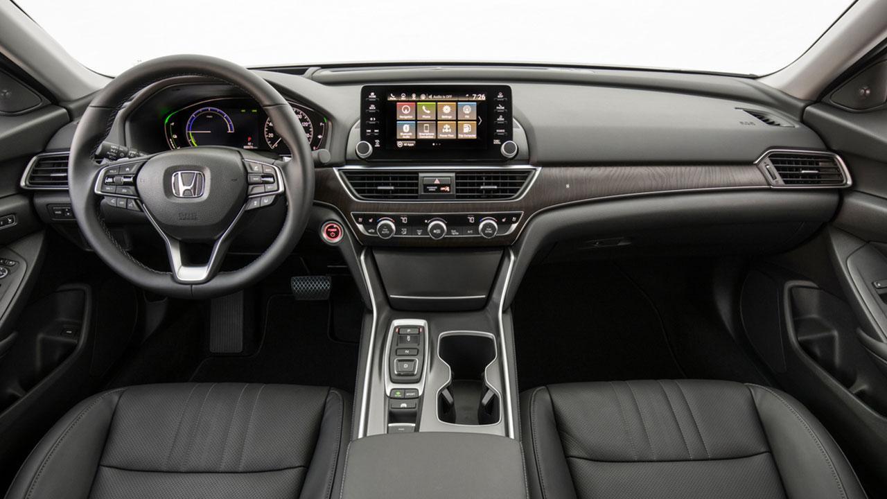 Honda Accord Hybrid Achieves - Cockpit