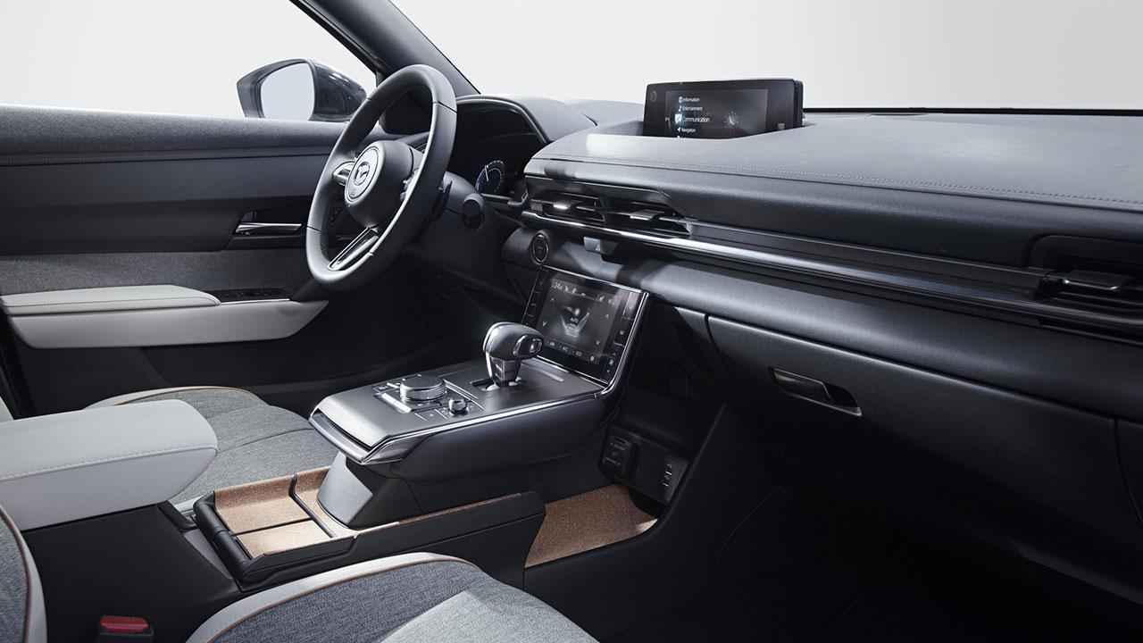 Mazda MX-30 - Cockpit