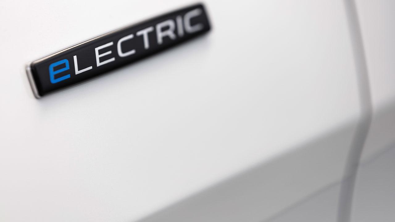 Mercedes-Benz eVito Tourer - Schriftzug