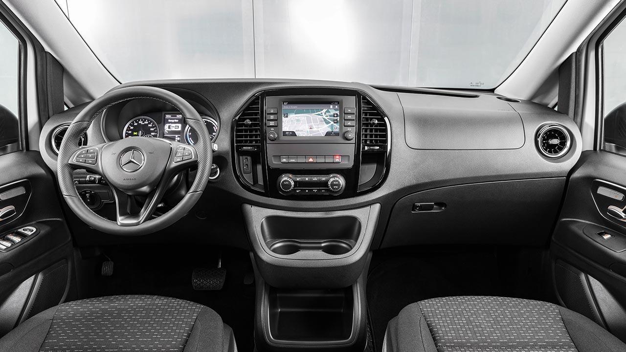 Mercedes-Benz eVito Tourer - Cockpit