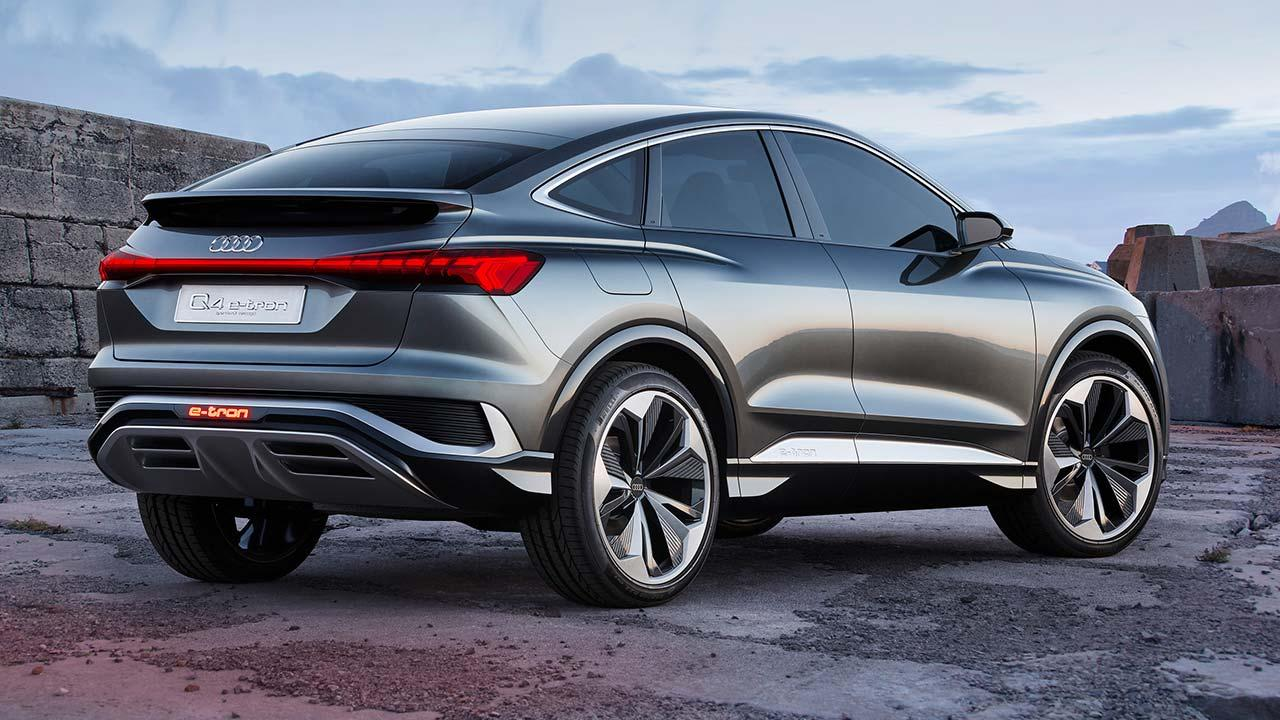 Audi Q4 Sportback e-tron Concept - seitliche Heckansicht