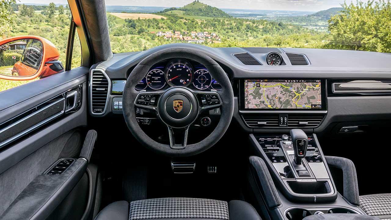Porsche Cayenne GTS Coupé - Cockpit