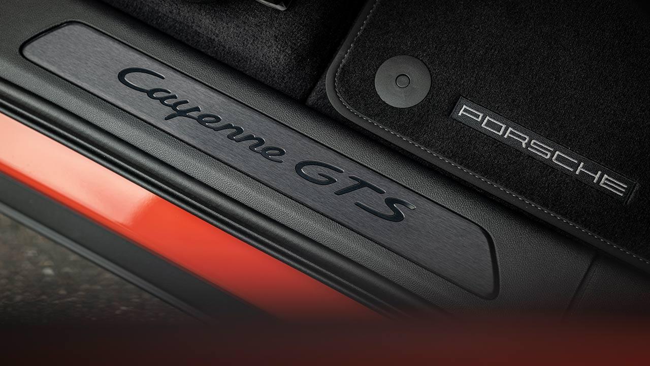 Porsche Cayenne GTS Coupé - Schriftzug