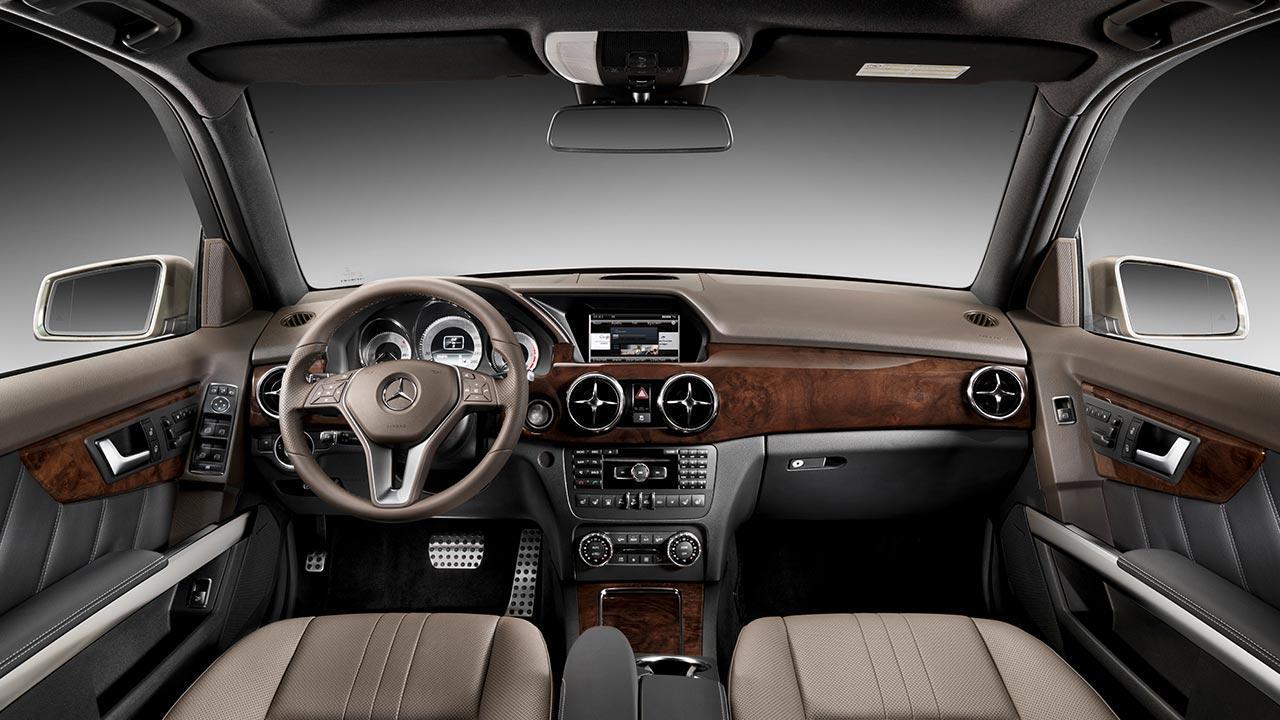 Mercedes-Benz GLK - Cockpit