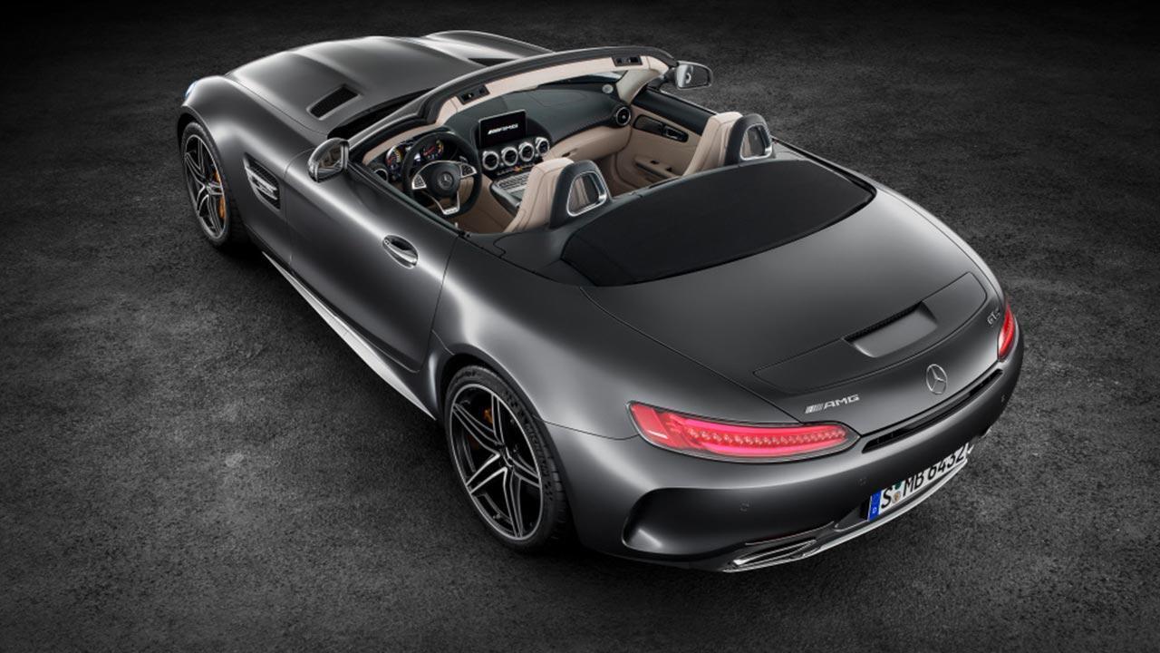 Mercedes-Benz AMG GT Roadster - Ansicht von Oben mit offenen Verdeck
