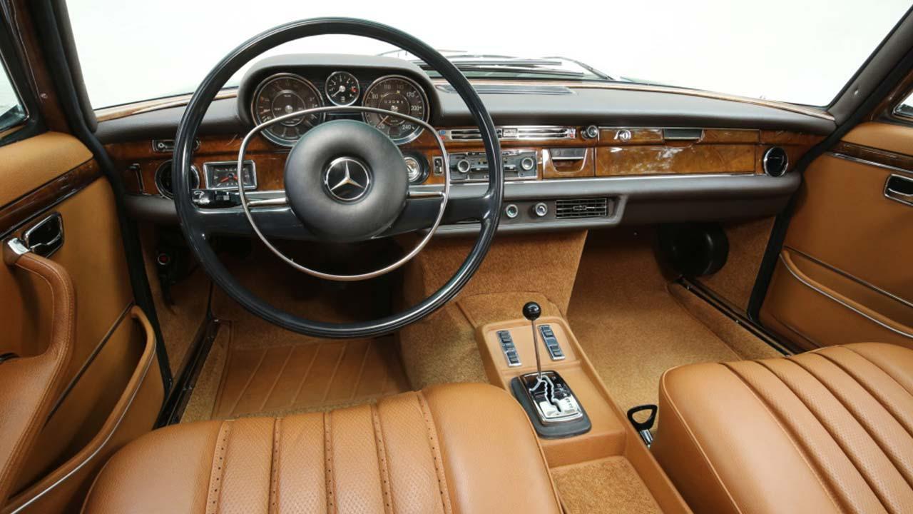Mercedes-Benz 300 SEL 6.3 - Cockpit