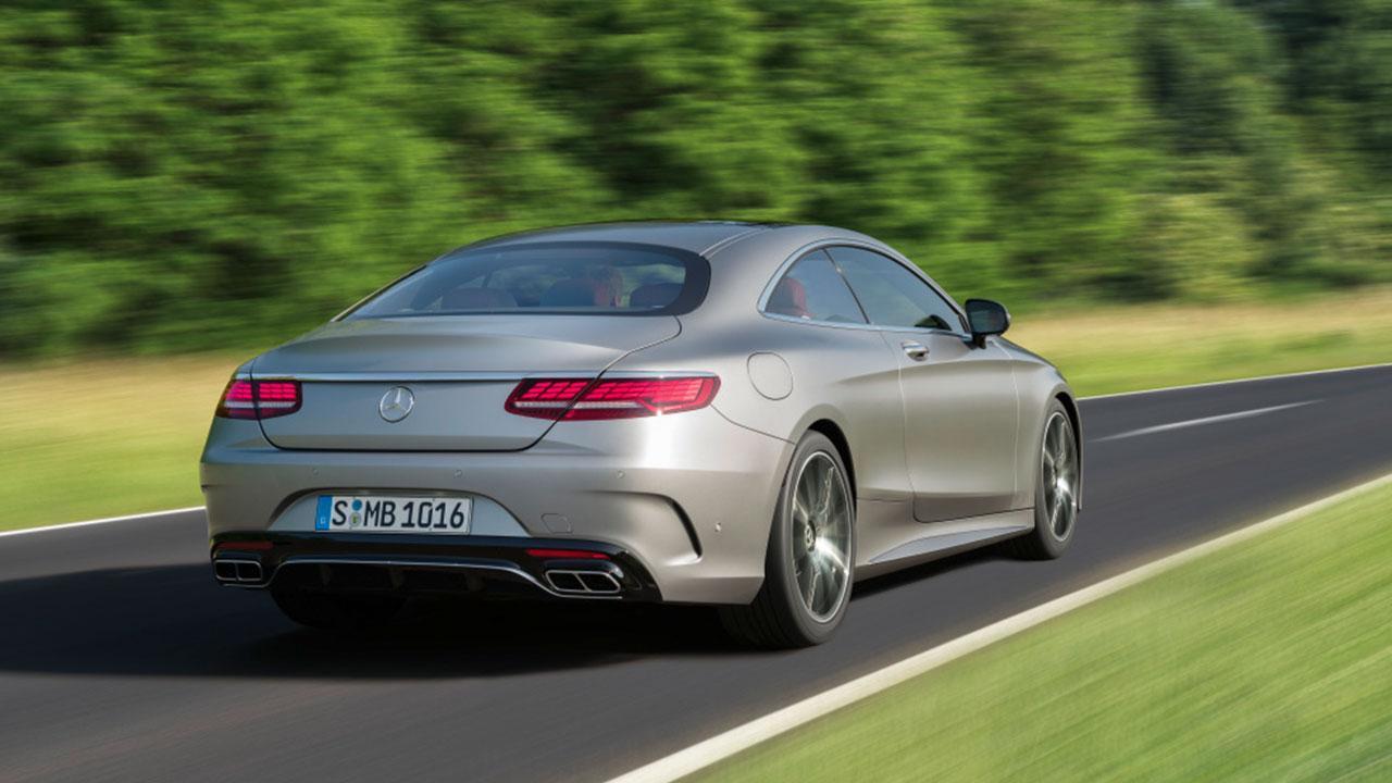 Mercedes-Benz - Heckansicht