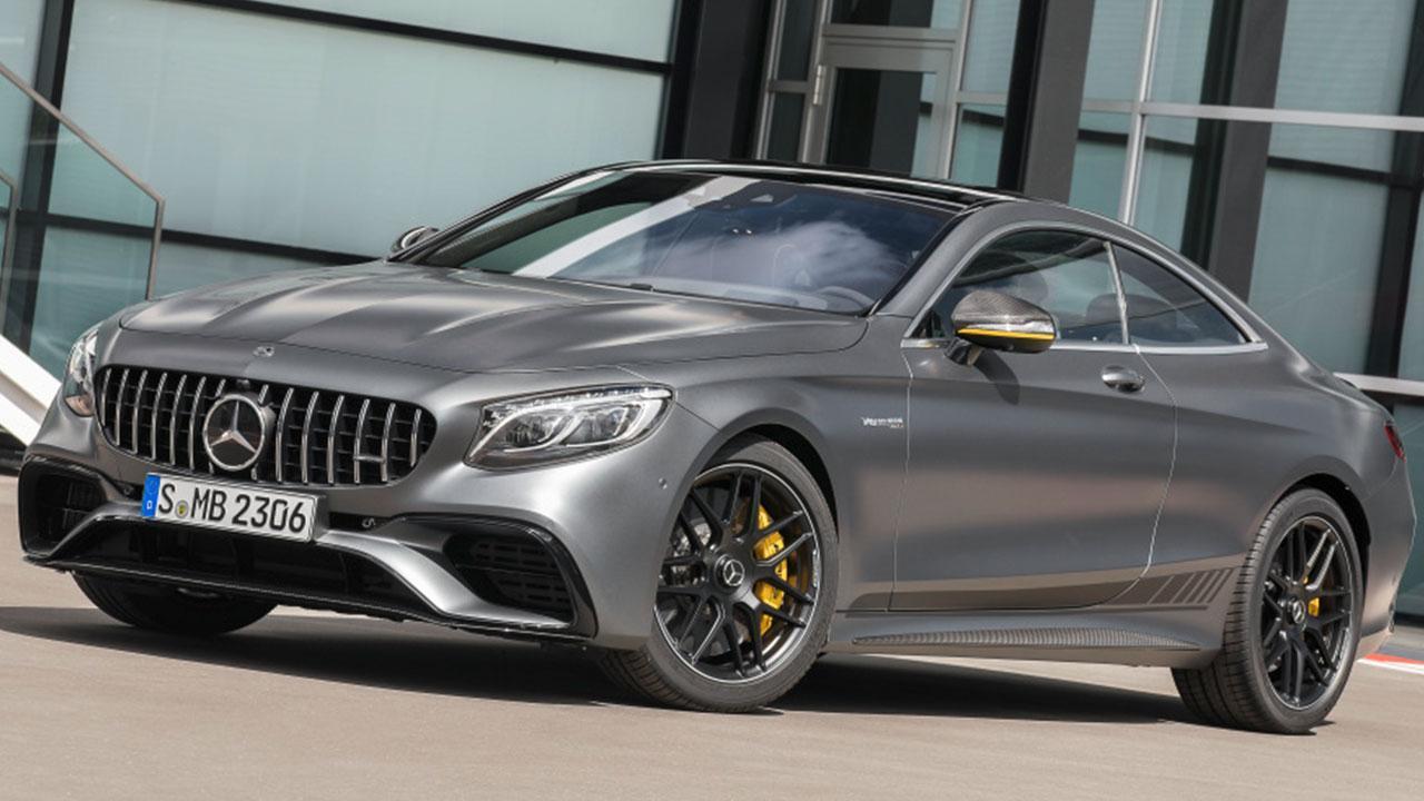 Mercedes-Benz C-Klasse - seitliche Frontansicht