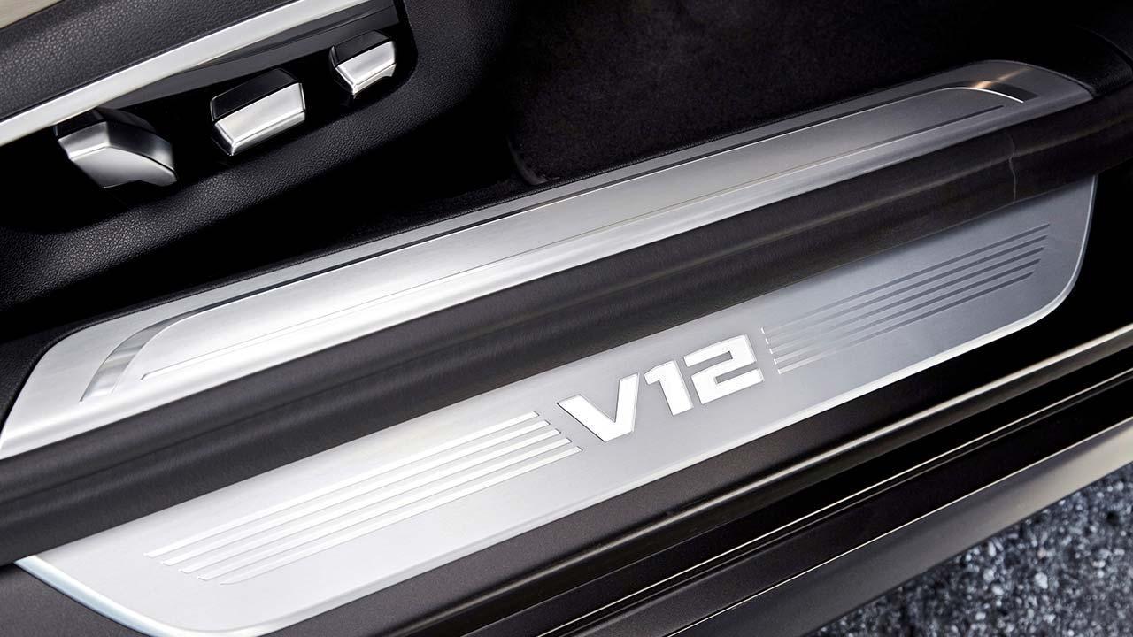 BMW M760Li xDrive 2017 - V12 Motor