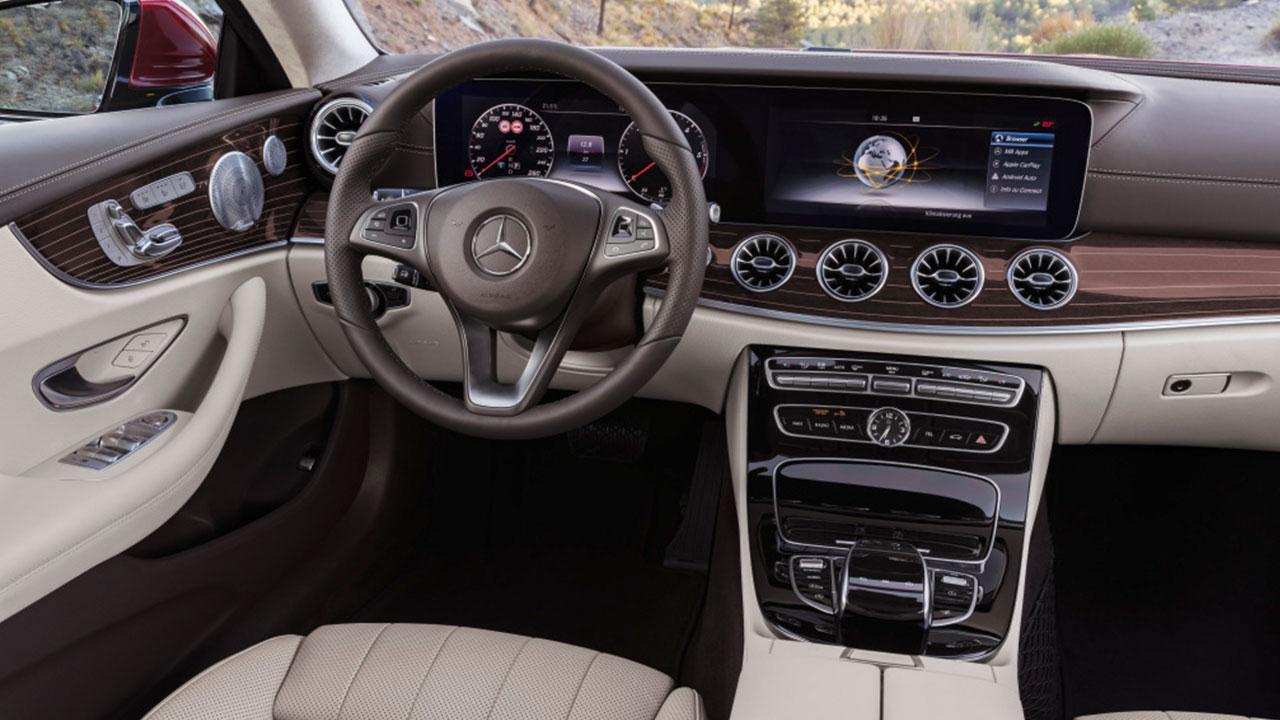 E-Klasse Coupe 2017 - Cockpit