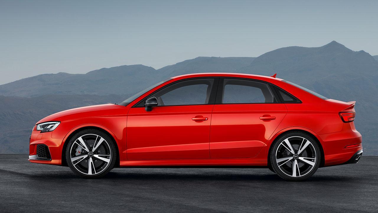 Audi RS 3 Limousine 2017 -  Seitenansicht