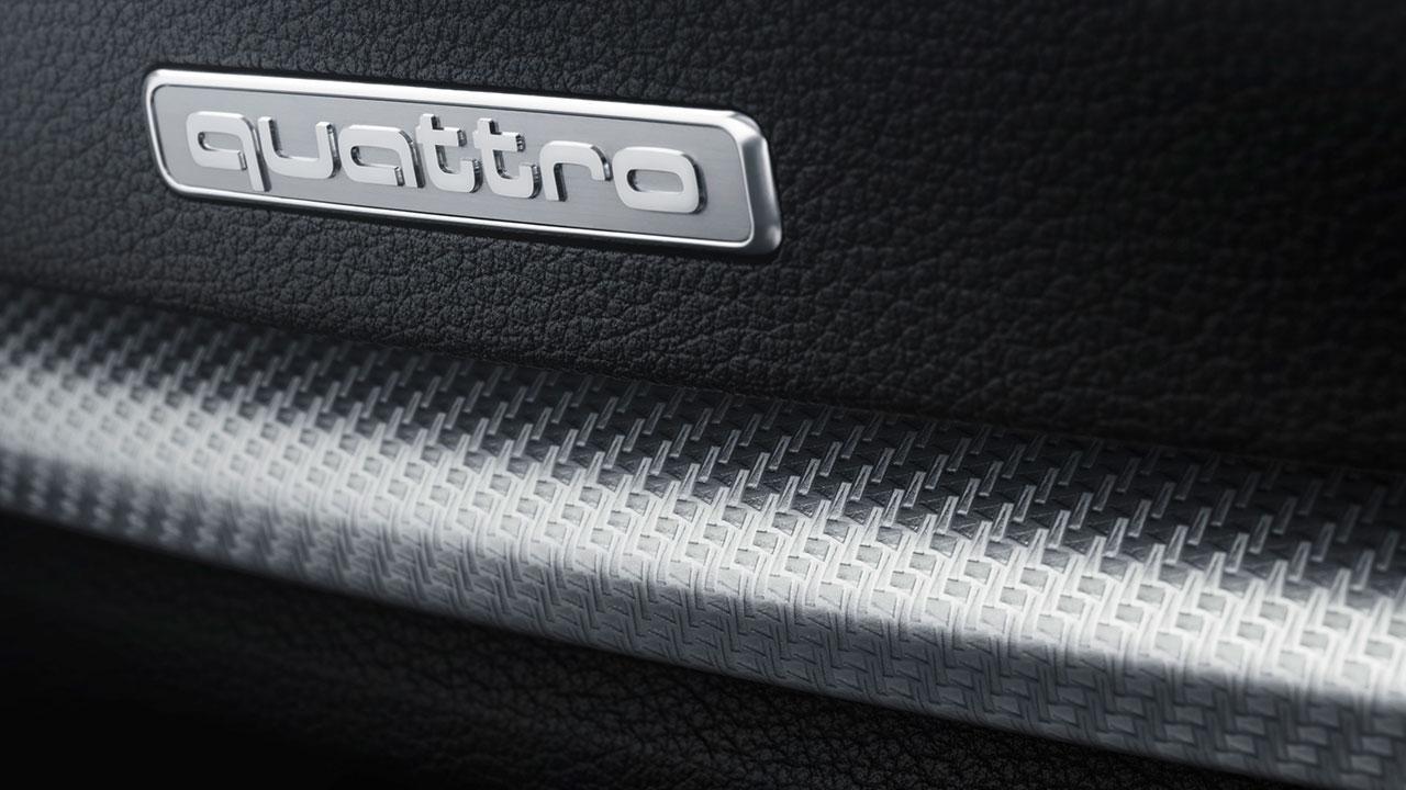 Audi RS 3 Sportback 2017 - Quattro Sign