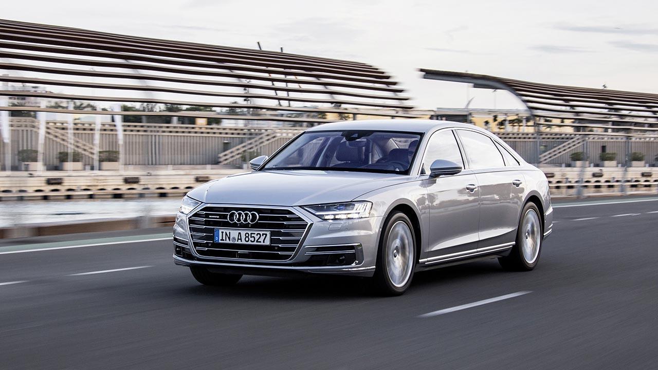 Audi A8 2017 - auf der Straße