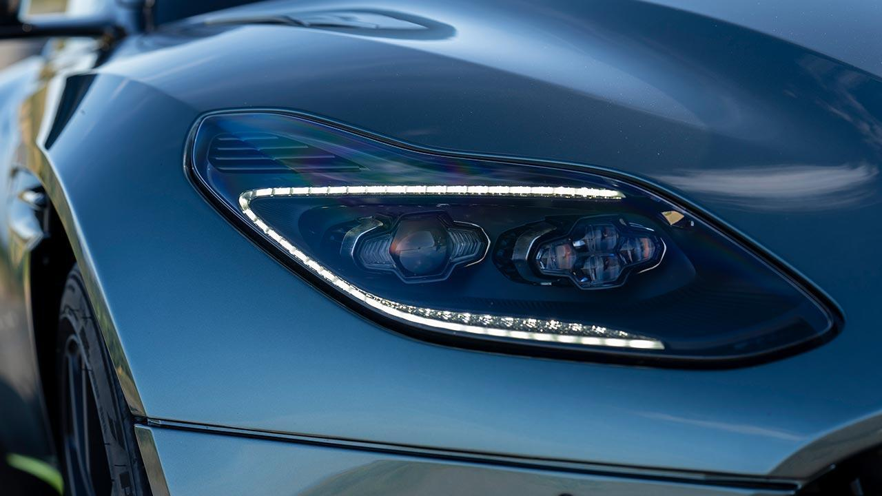 Aston Martin DB11 - Scheinwerfer