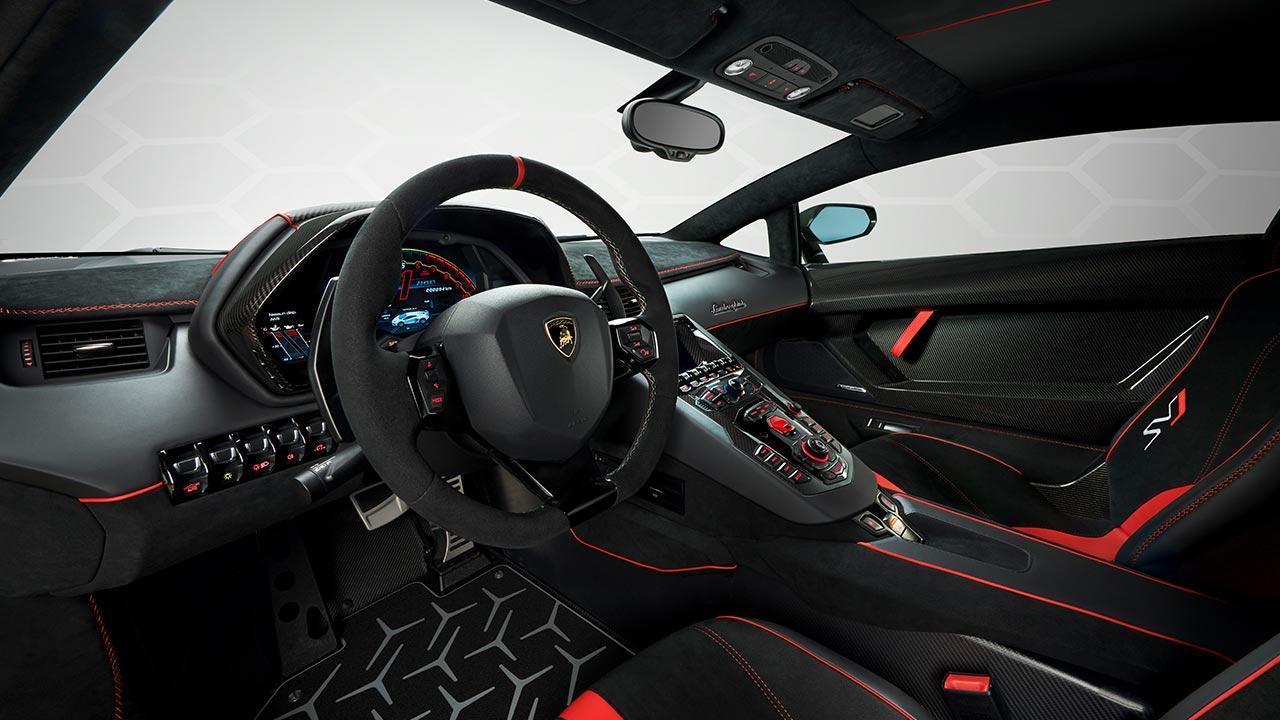 Lamborghini Aventador SVJ - Cockpit