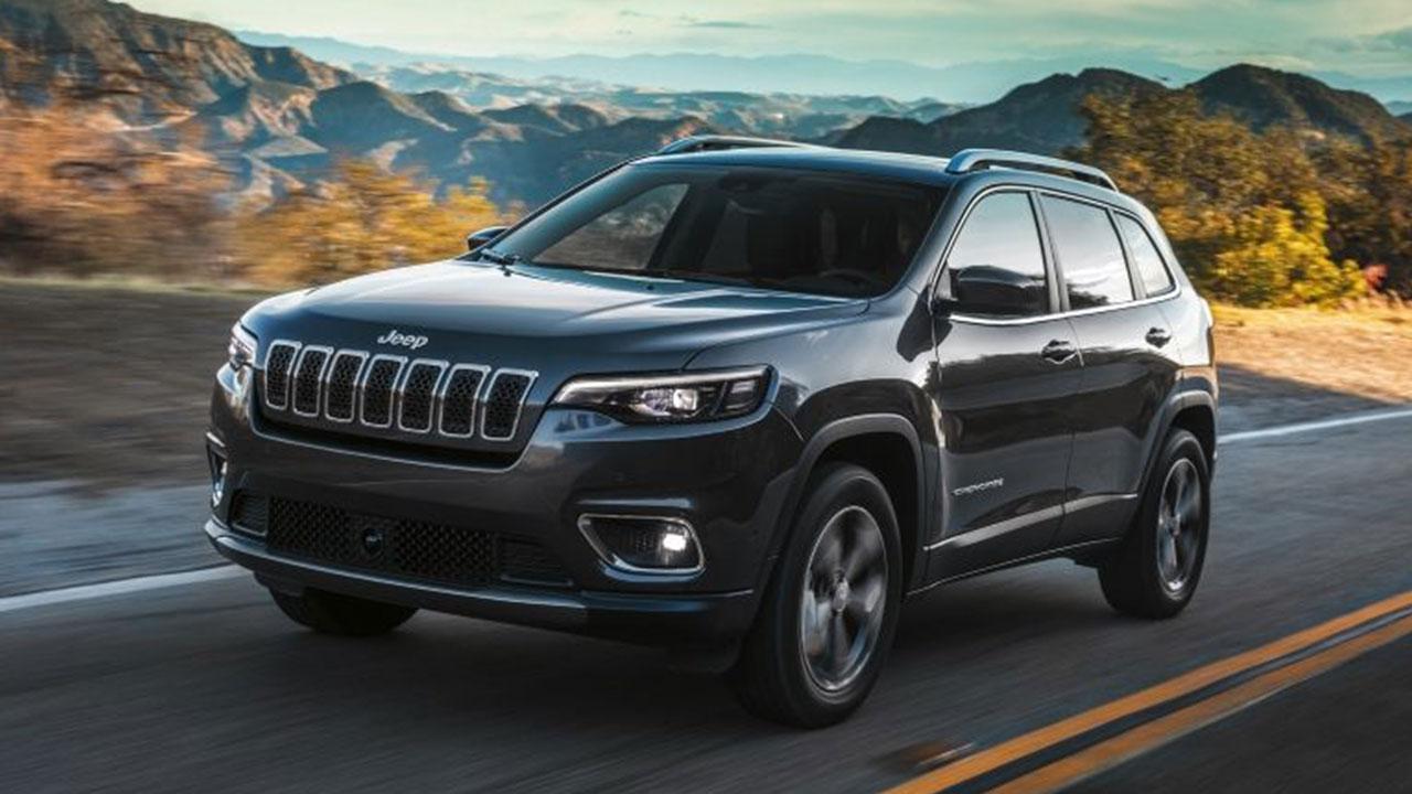 Jeep Cherokee - auf der Landstrasse